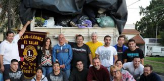 Camiones con donaciones a Comodoro
